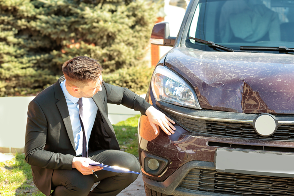 How To Settle An Insurance Claim Without A Lawyer