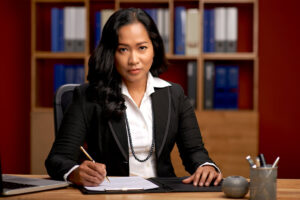 how to sue an insurance company without a lawyer