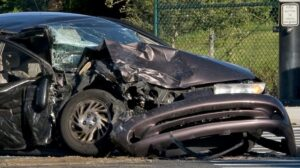how to total a car for insurance