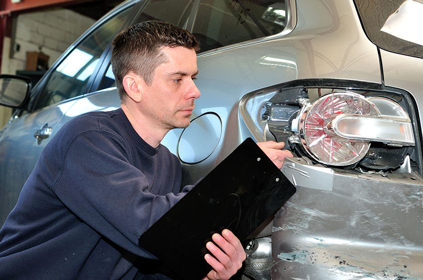 Car Insurance Adjuster Secrets – How To Deal With Claims Adjusters