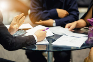 how to negotiate a settlement with an insurance claims adjuster