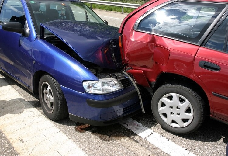 My Car Was Hit While Parked On The Street – You Should Do These Things