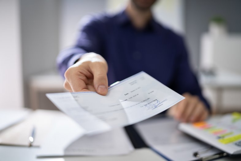 How To Cash A Workers Comp Settlement Check